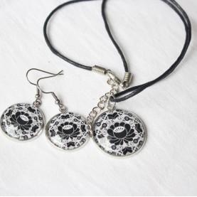Sada náušnice a náhrdelník - Čierny folk na bielom